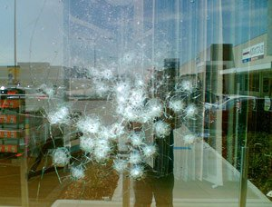 Ударопрочная пленка на окна